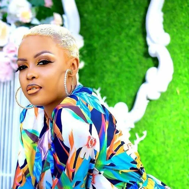 Nina Roz Oli wange Mp3 Download