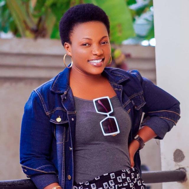 Martha Mwaipaja Hatufanani Mp3 Download